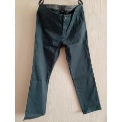 Neat long pants dark green