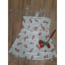 Ladies dress with roses